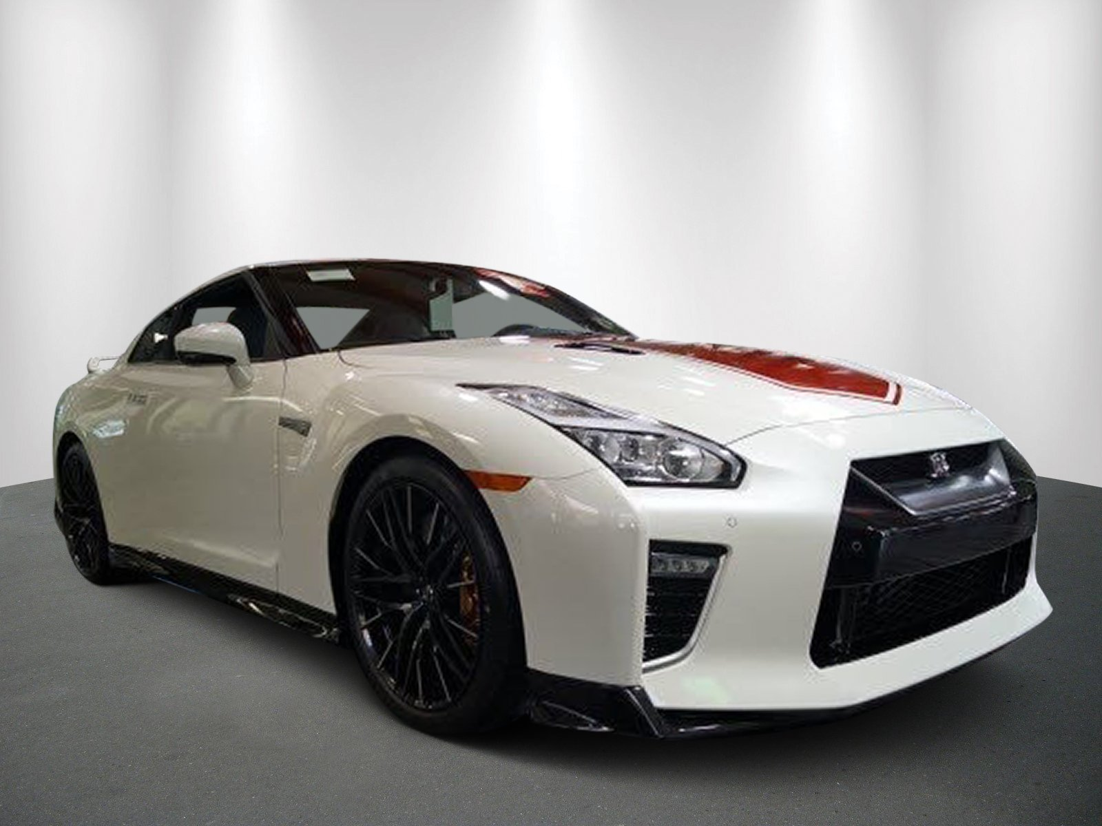 New 2020 Nissan GT-R Premium 50th Anniversary Edition