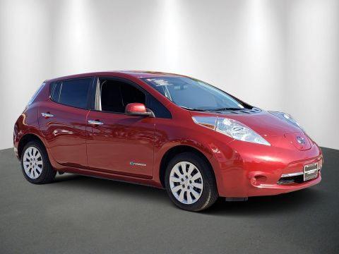 Certified Pre-Owned 2014 Nissan LEAF S